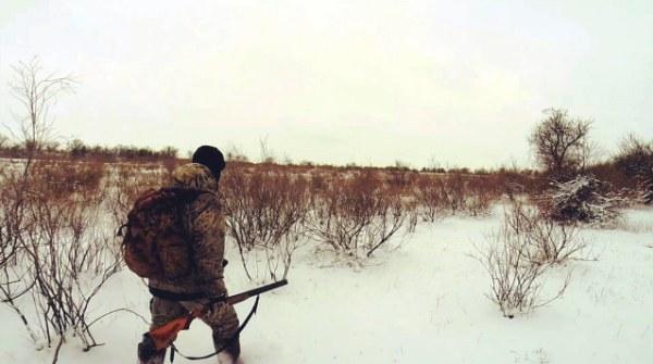 Охотник движется к цели
