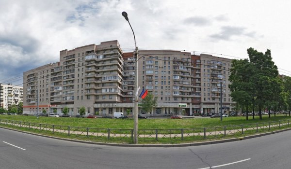 Вид дома с улицы