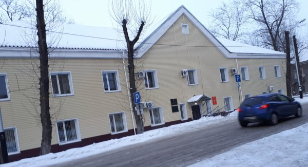 Здание зимой