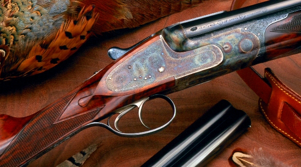 Красивое старинное ружье