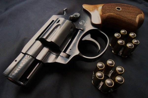 Револьвер Гроза