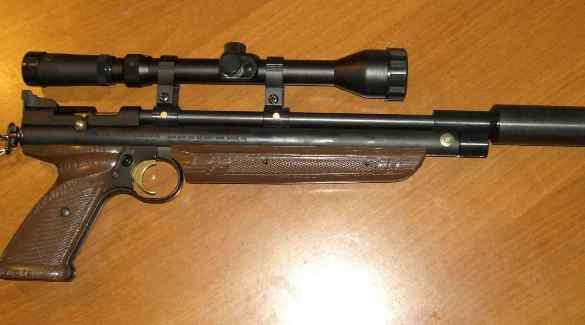 Пистолет с оптикой