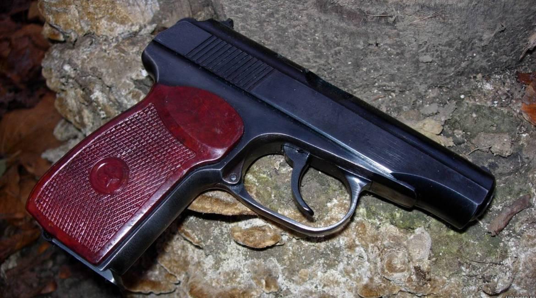 Травматический пистолет Макарыч