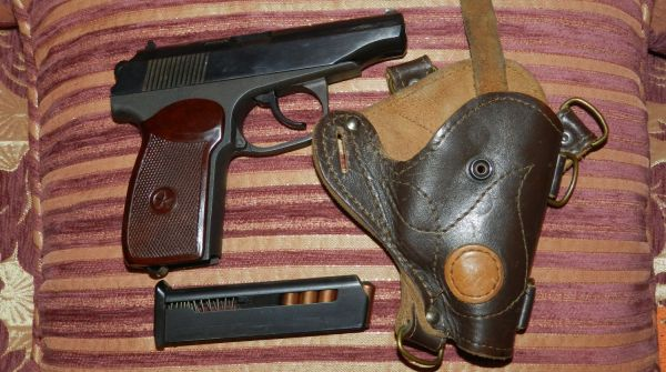 Оружие и кобура